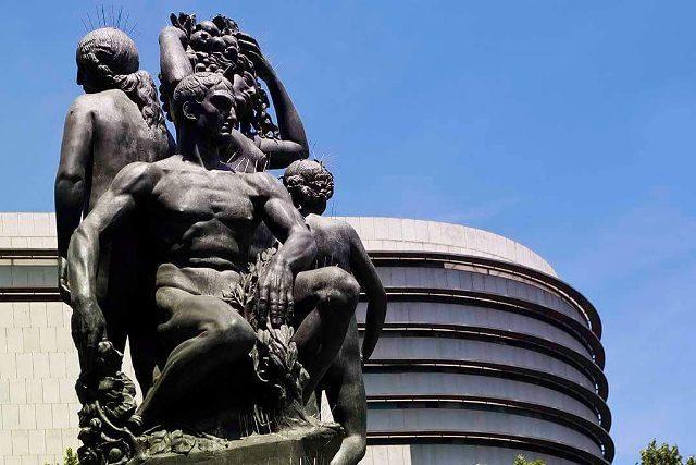 Barcelona is all about details barcelona art sculpture tourism turismohellip