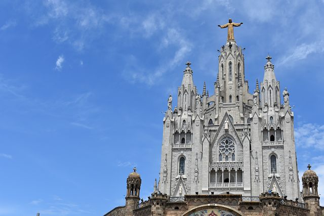 O impactante Templo Expiatorio del Sagrado Corazón de Jesus
