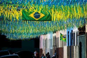 Imagem de fitas coloridas do Brasil