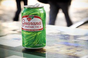 Imagem de lata de refrigerante