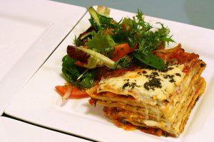 Lasanha vegetariana do Restaurante BarcelonaMilano