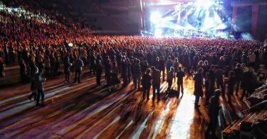 Imagem de pessoas em evento no Palau de Sant Jordi