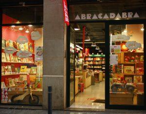 Riqueza cultural na livraria Abracadabra