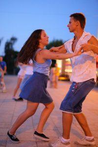 A dança melhora a postura e equilíbrio corporais