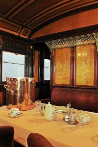 Tempo para uma refeição dentro do trem, Museu del Ferrocarril de Catalunya