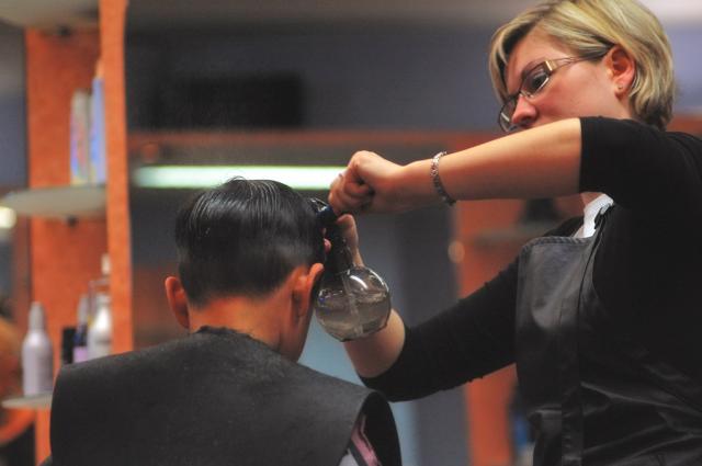Corte de cabelo profissional em Barcelona