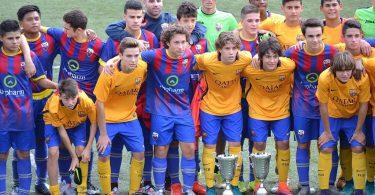 Jogadores juvenis de futebol do Barcelona