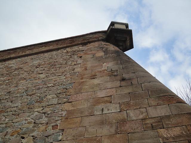 Detalhe de uma parede do castelo de Monjuïc