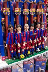 Imagem de marionetes de jogadores do Barça