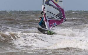 No Camping 3 Estrellas, você terá a chance de praticar wind surf