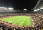 Imagem do estádio Camp Nou cheio