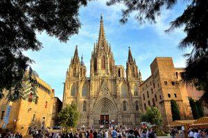 Catedral de Santa Eulàlia, símbolo da fé cristã e da arte gótica