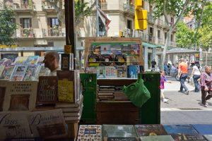 No Mercat de Sant Antoni, também é possível comprar livros!