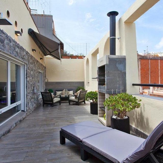 What do you think about this amazing terrace? barcelona shbarcelonahellip