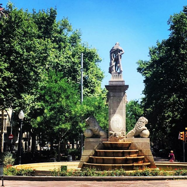 Passeig de Sant Joan barcelonagram barcelona sol soleado bcn estatuahellip