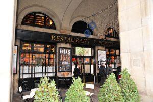 Não há quem não conheça o 7 Portes, um dos melhores e mais tradicionais restaurantes de Barceloneta!