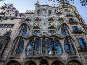 A Casa Batlló foi residência de uma família até os anos 50
