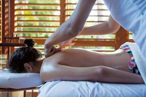 Massagens corporais, depilações e tratamentos faciais: tudo isso pode ser encontrado no Born