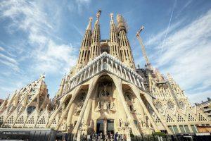 A Sagrada Família é parada obrigatória para quem visitar Barcelona