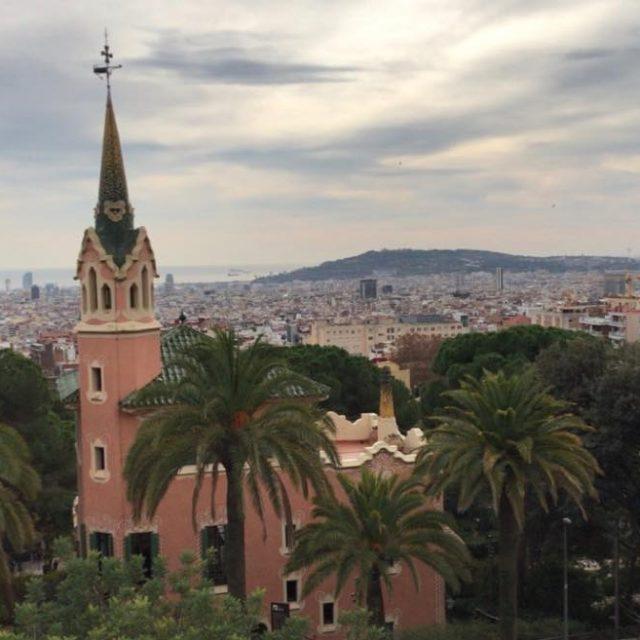 Vistas sobre la ciudad  parcguell gaudi spain espaa catalunyahellip