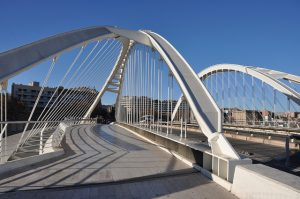 A Pont Bac de Roda liga os distritos de Sant Andreu e Sant Martí
