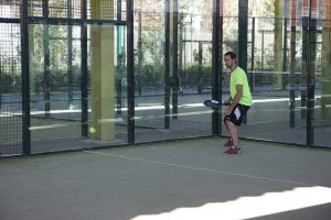 Que tal começar sua carreira como jogador de padel em Barcelona?