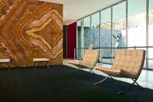 Imagem do interior do Pavilhão Alemão de Barcelona