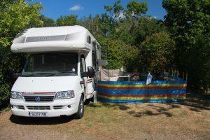 Campings perto de Barcelona - trailer