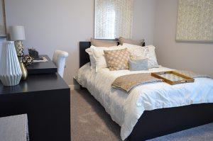 Quarto de apartamento reformado para aluguel