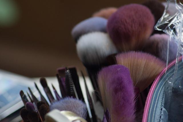 Imagem de utensílios para maquiagem