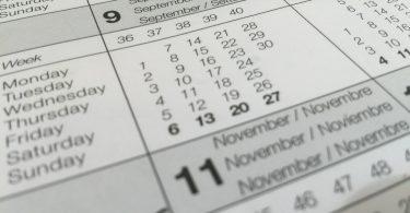 Calendário com os meses dispostos lado a lado