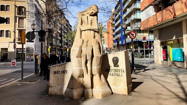 Monumento a Josep Trueta em Poblenou